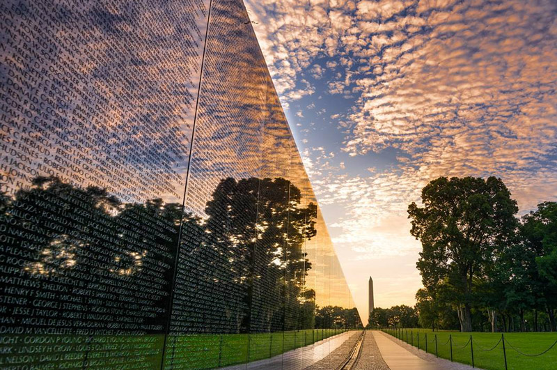 Visiting the Vietnam Veterans Memorial