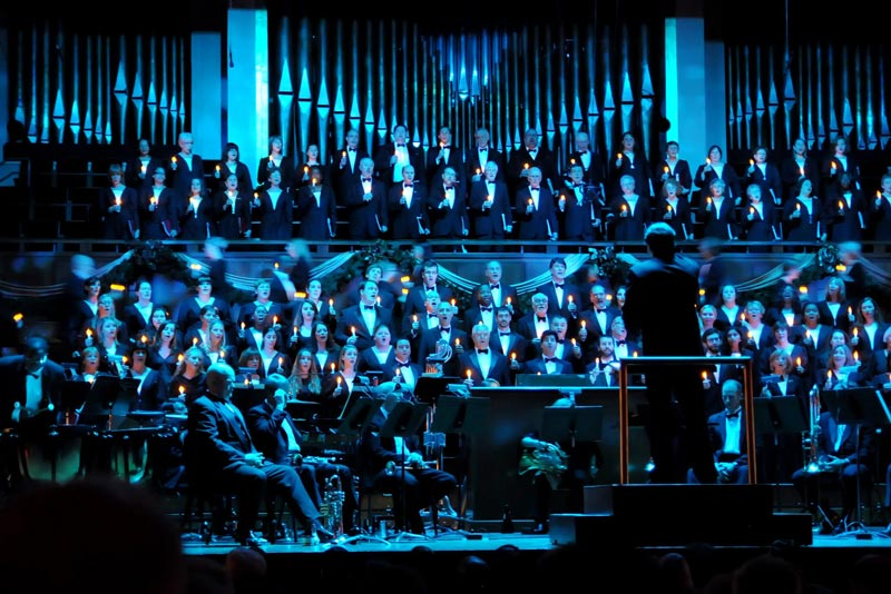 The Washington Chorus presents 'A Candlelight Christmas' - Holiday Performance at the Kennedy Center in Washington, DC