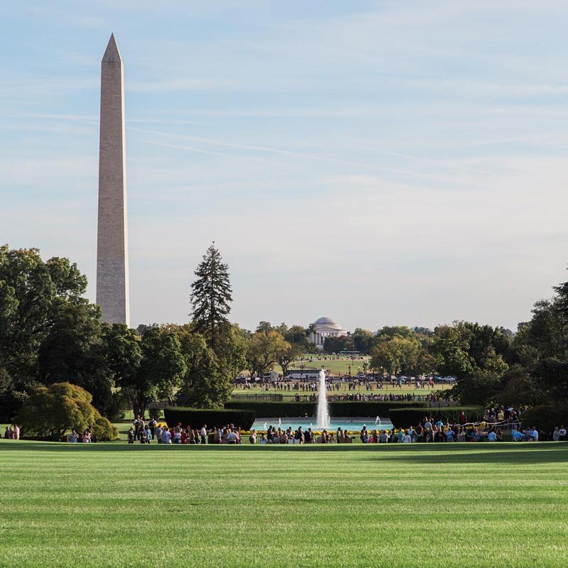 @abroadwife - View of National Mall from South Lawn during White House Garden Tour - Free activities in Washington, DC