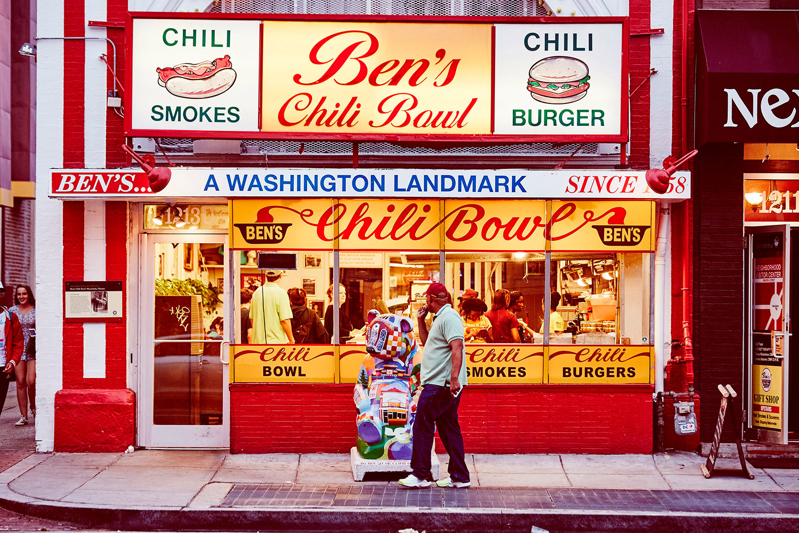 Ben's Chili Bowl - Places to Eat on U Street - Washington, DC