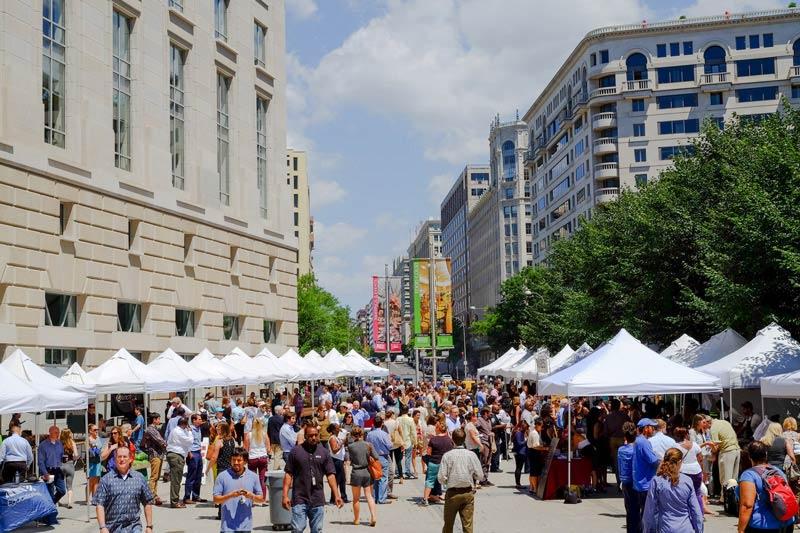 Capital Harvest on the Plaza - Fresh Produce Farmers' Market in Washington, DC Federal Triangle