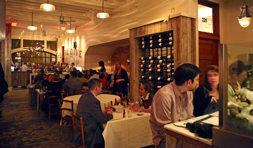 Pearl Dive Oyster Palace - Logan Circle Restaurant - Washington, DC