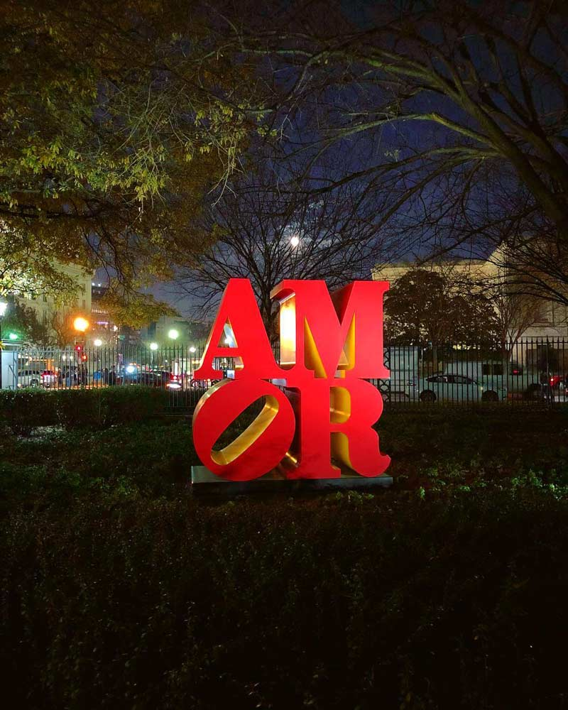 @docrox6 - Robert Indiana's AMOR sculpture at the National Gallery of