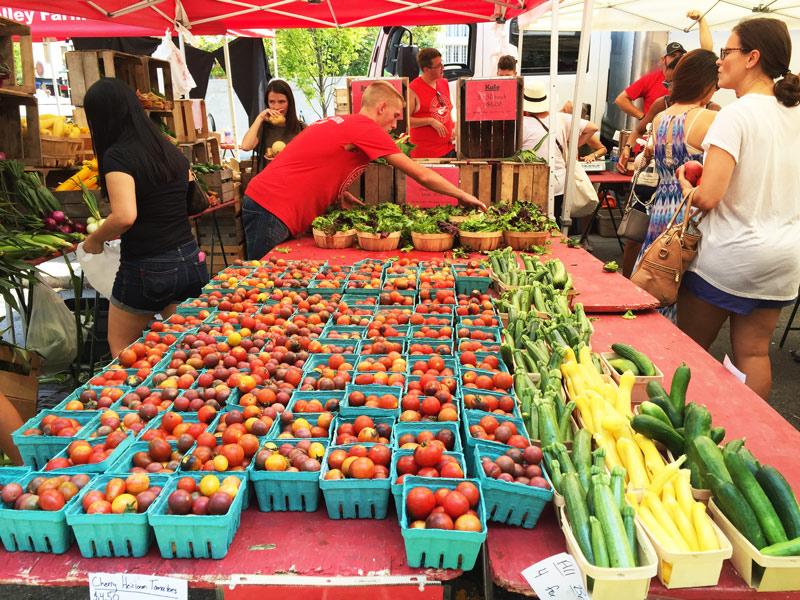 Dupont Circle Farmers' Market - Washington, DC