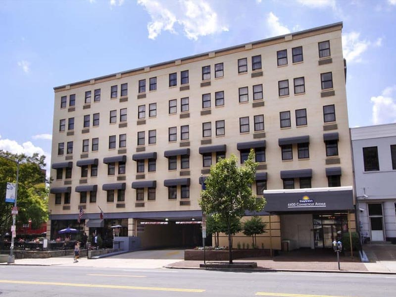 Exterior of the Days Inn By Wyndham Washington DC/Connecticut Avenue - Hotel in Washington, DC