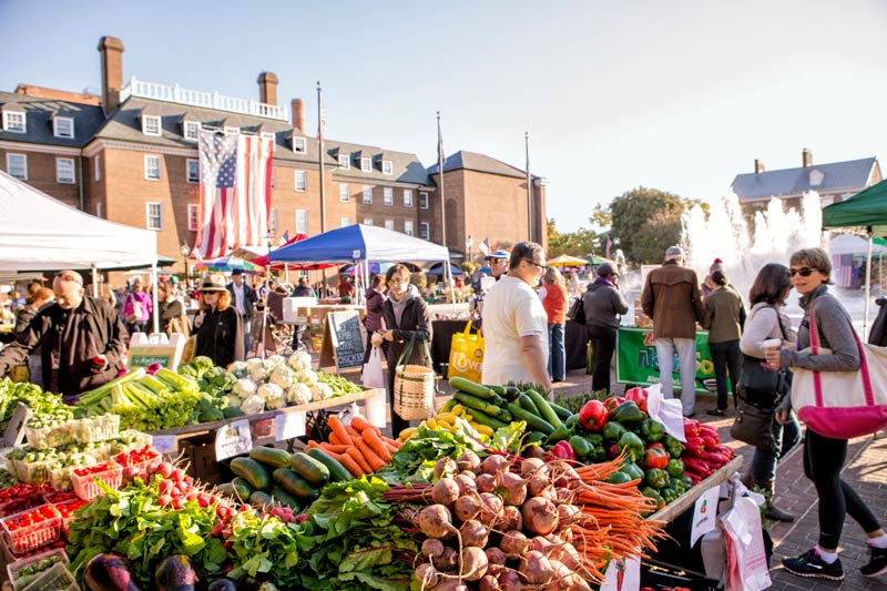 Fall farmers' market in historic Old Town Alexandria - Things to do in Old Town near DC