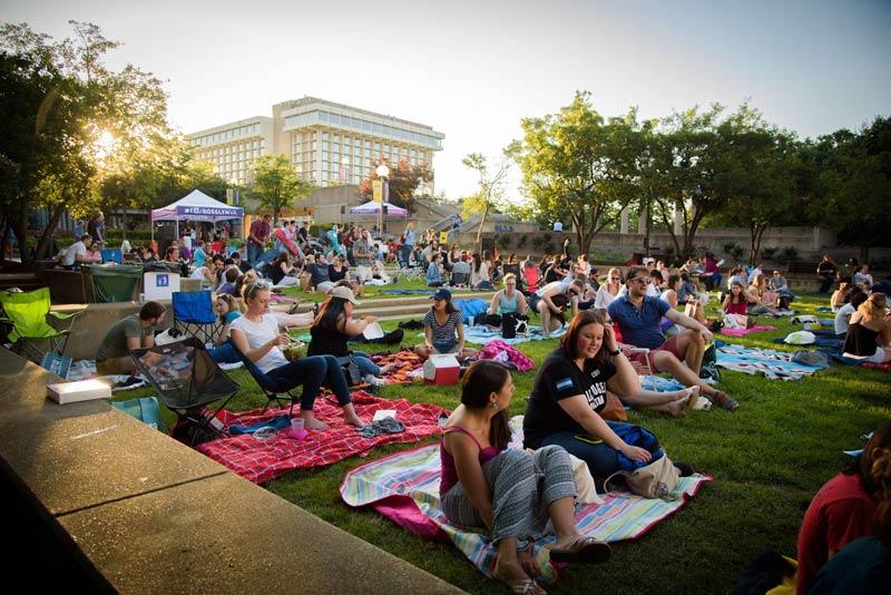 Guests at Rosslyn Cinema in Virginia - Summer outdoor movies in Virginia near Washington, DC
