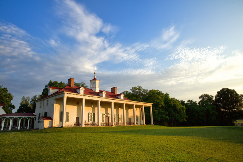 George Washington's Mount Vernon - Historic Home of First U.S. President Near Washington, DC