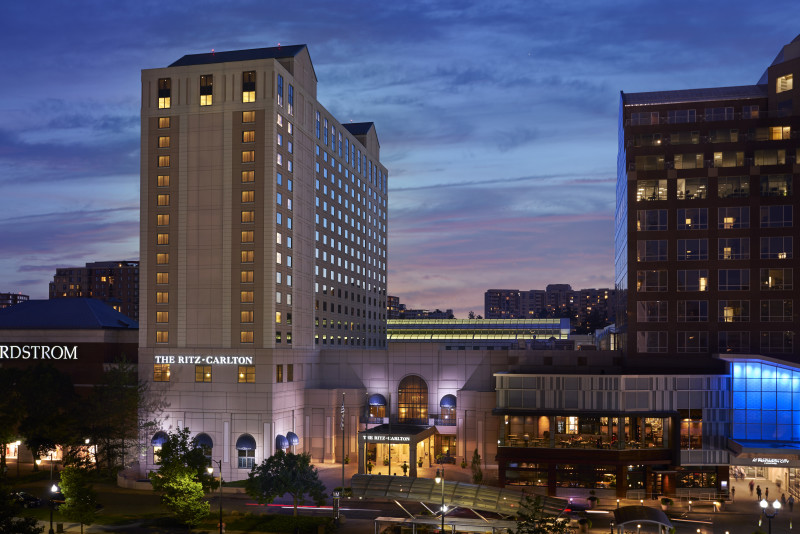 Hotels Washington Dc >> The Ritz-Carlton, Pentagon City | Washington.org