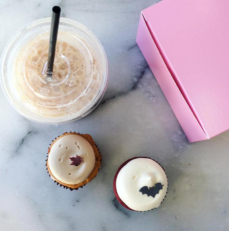 @kingfishv - Pumpkin Cheesecake & Red Velvet Cupcakes from Georgetown Cupcake - Washington, DC