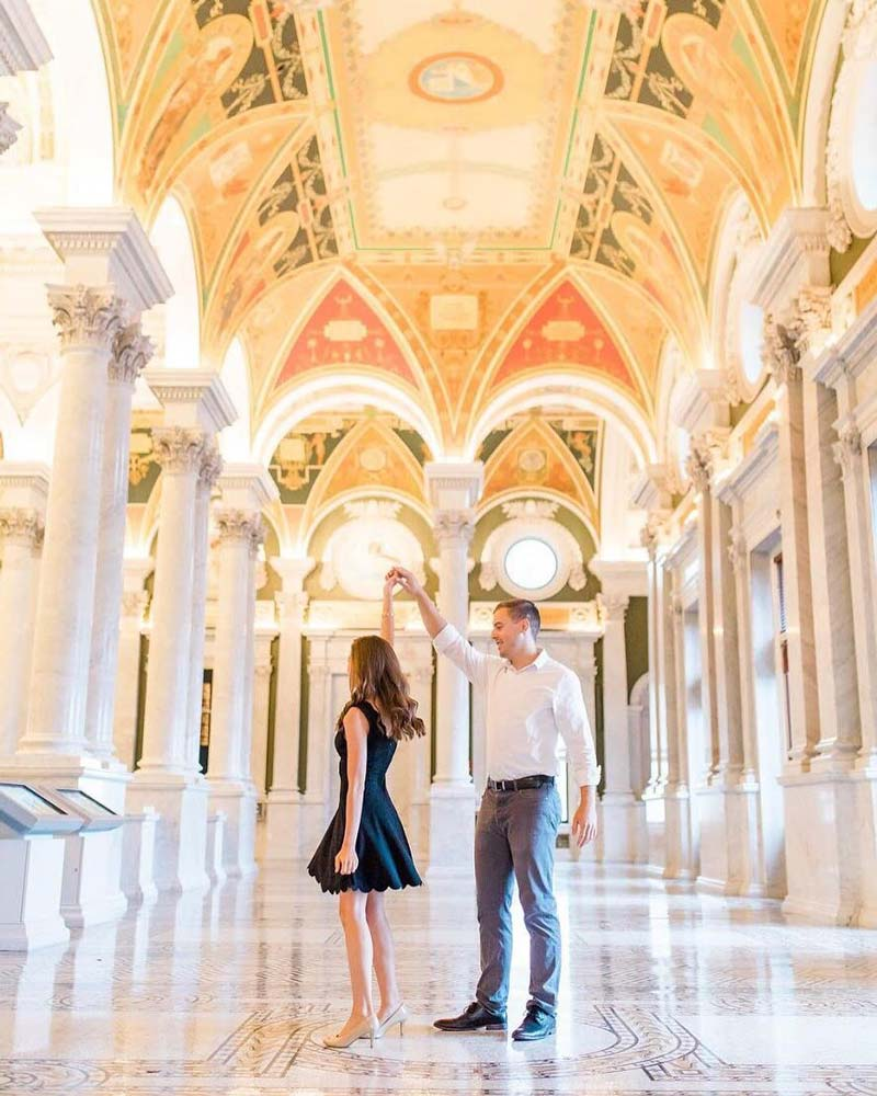 @misstomrsp - Couple at the Library of Congress on Capitol Hill - Free attractions in Washington, DC