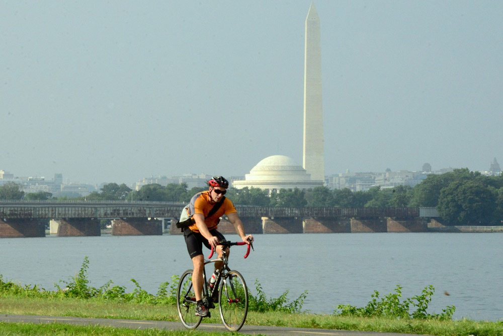 Biking on the Mount Vernon Bike Trail - Outdoor Activities Near Washington, DC
