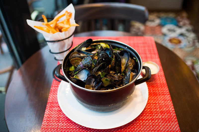 Mussels and French Fries at B Too - Places to Eat in Logan Circle - Washington, DC