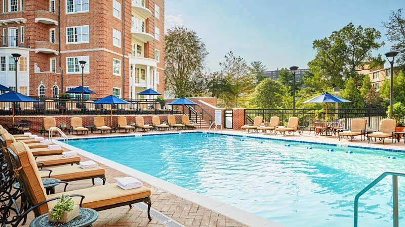 Outdoor pool at the Washington Marriott Wardman Park - Best hotels for kids in Washington, DC