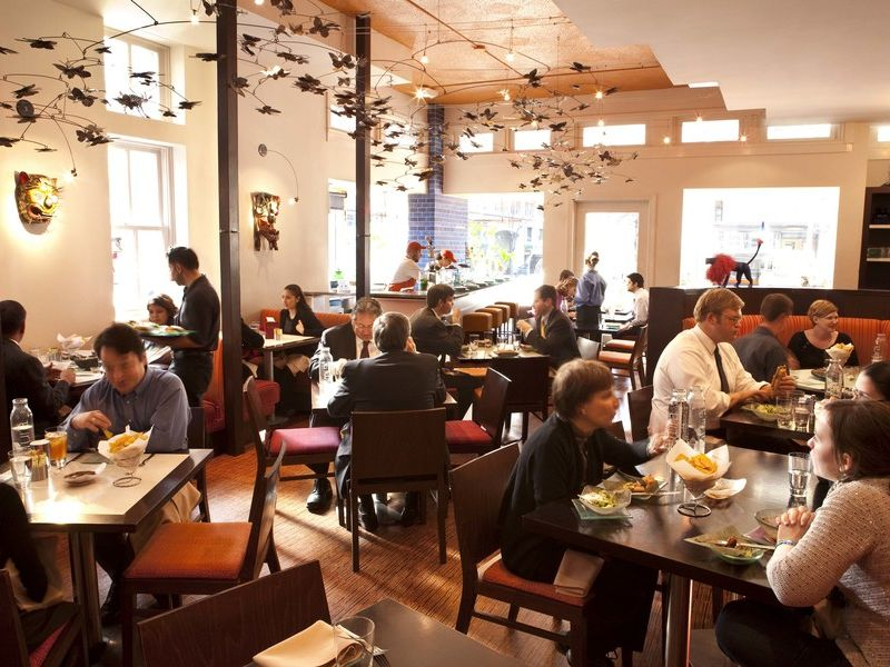 Best Restaurants Near the National Mall | Washington.org