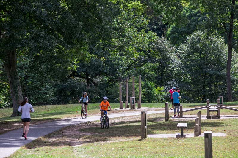 Exercising in Rock Creek Park - Free outdoor activities in Washington, DC