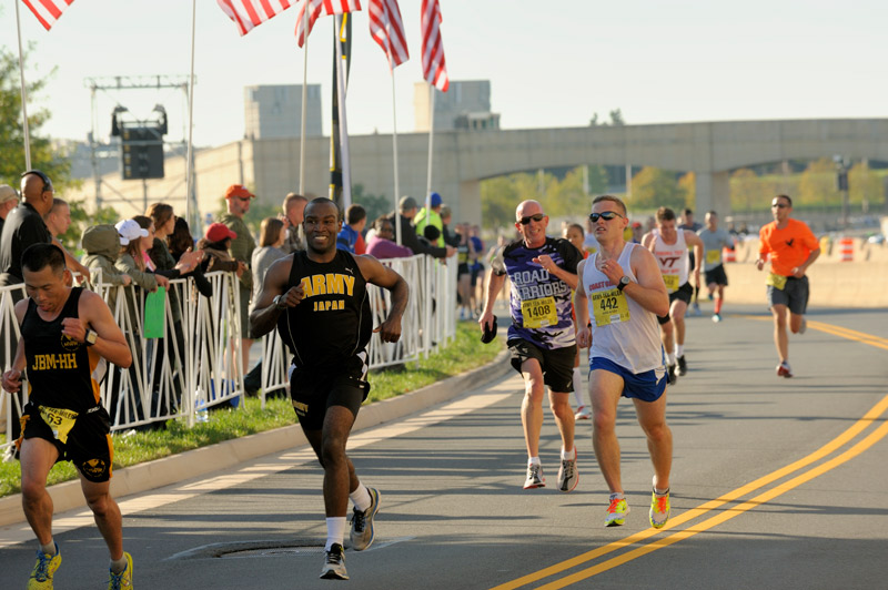 Runners competing in Army Ten-Miler - Races in Washington, DC
