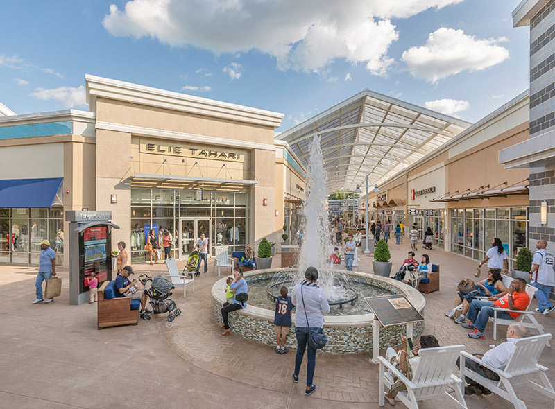 Shoppers at Tanger Outlets National Harbor - Places to shop at National Harbor - Maryland