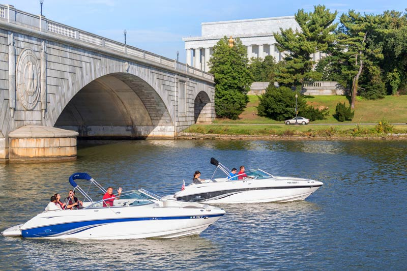 Private boat cruises from Embark DC - The best boat tours, rentals and charters in Washington, DC