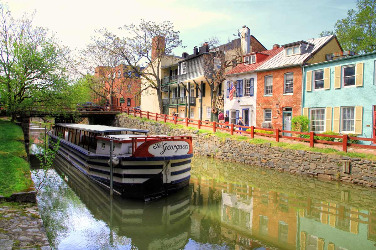 The Georgetown boat in the C&O Canal