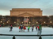 @bobbykdc - Wintertime ice skating at the National Gallery of Art - The best winter activities in Washington, DC