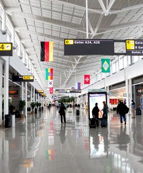 Concourse B at Washington Dulles International Airport - Airports Near Washington, DC