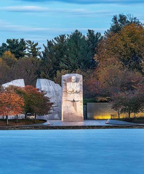 @realgotsven - Fall foliage surrounding the Martin Luther King, Jr. Memorial at dawn - Memorials and monuments in Washington, DC