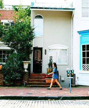 Historic Georgetown Neighborhood - Washington DC