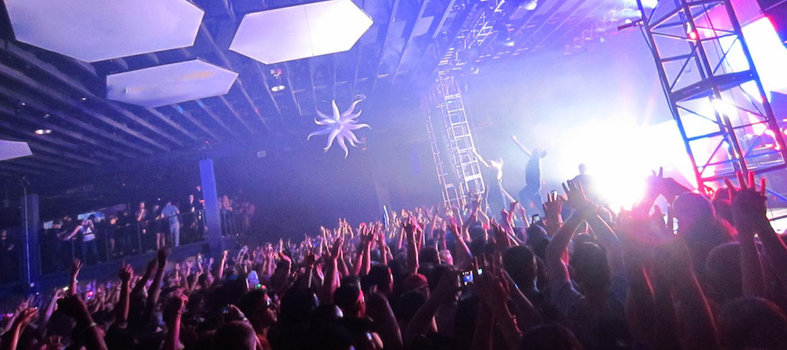 Raise your hands up high at Echostage