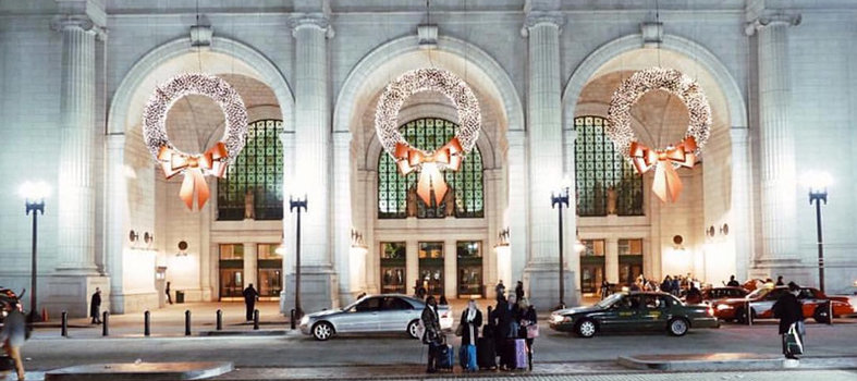 Marvel at Union Station: holiday destination