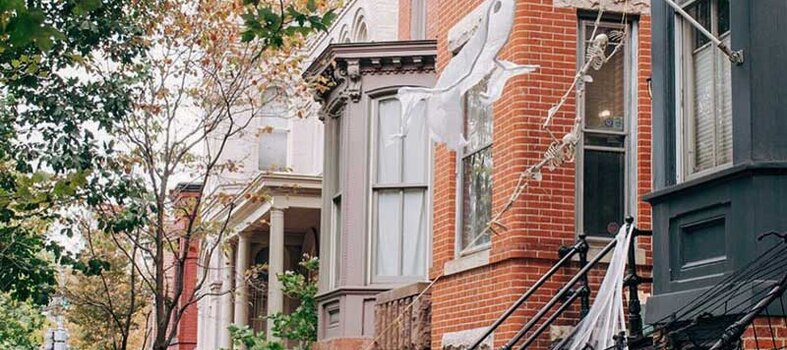 DC By Foot: Ghosts of Georgetown & White House Ghost Tours
