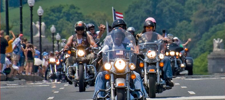 Honor vets at the Rolling Thunder Motorcycle Rally