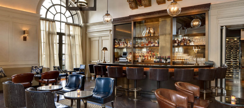 Bask in 1920s glamour at the St. Regis Bar