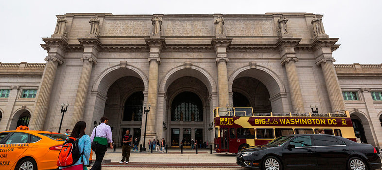 Shop and eat in beaux arts glory at Union Station