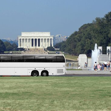 Motorcoach Bus in front of Lincoln Memorial