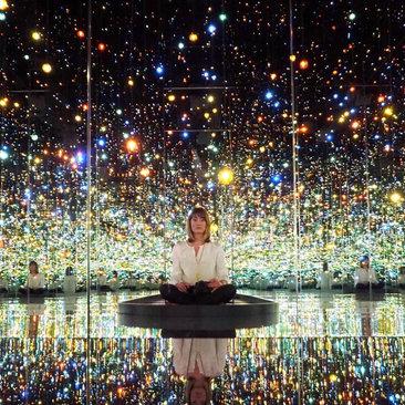 @golightly - Yayoi Kusama's Infinity Mirrors Exhibit at the Hirshhorn - Museum Exhibits in Washington, DC