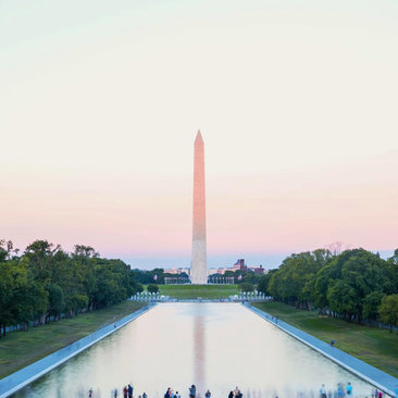 @laurenepbath - Lincoln Memorial Reflecting Pool & Washington Monument - Washington, DC