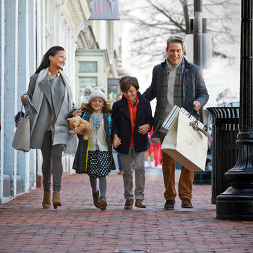 Winter deals and discounts in Washington, DC - Family shopping in Georgetown