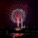 Best spots to watch the Fourth of July fireworks in Washington, DC - Fireworks over the Lincoln Memorial and Washington Monument