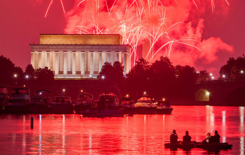 Old soldiers home dc fireworks pictures.