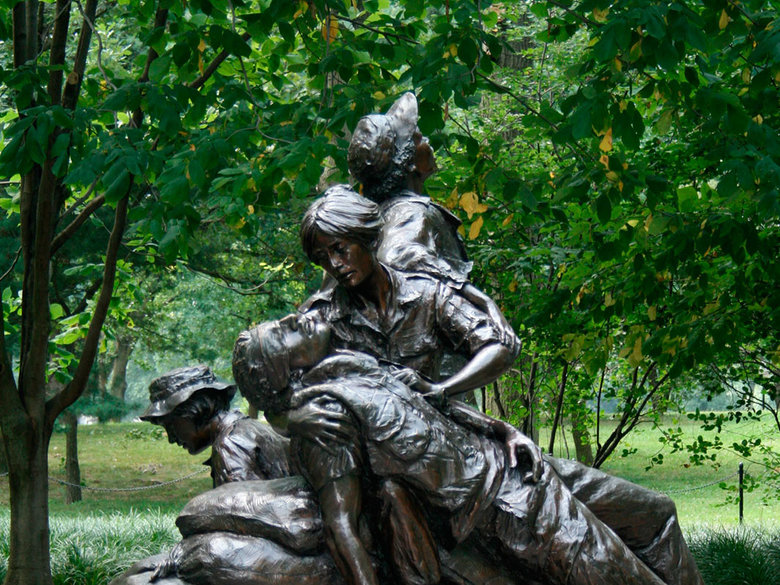 the vietnam womens memorial